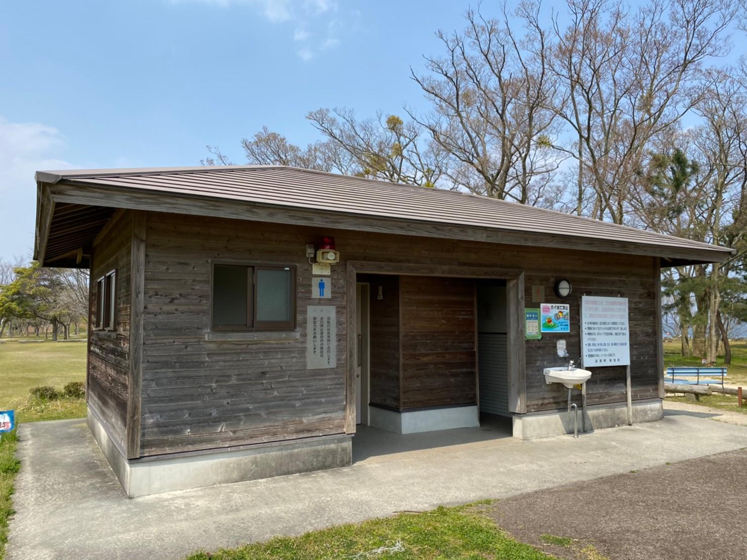 【高島市】『源氏浜』のアウトドア情報(駐車場・トイレ)