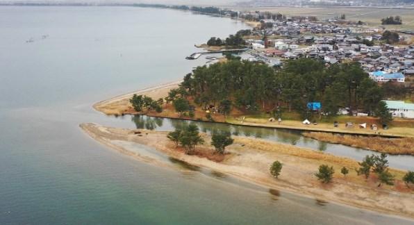 【家族みんなで湖畔キャンプ】『マキノサニービーチ知内浜オートキャンプ場』情報