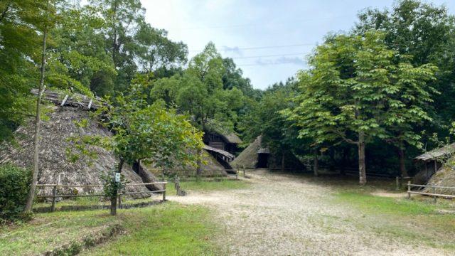 【野洲市】『弥生の森歴史公園』アウトドア情報(駐車場・トイレ)